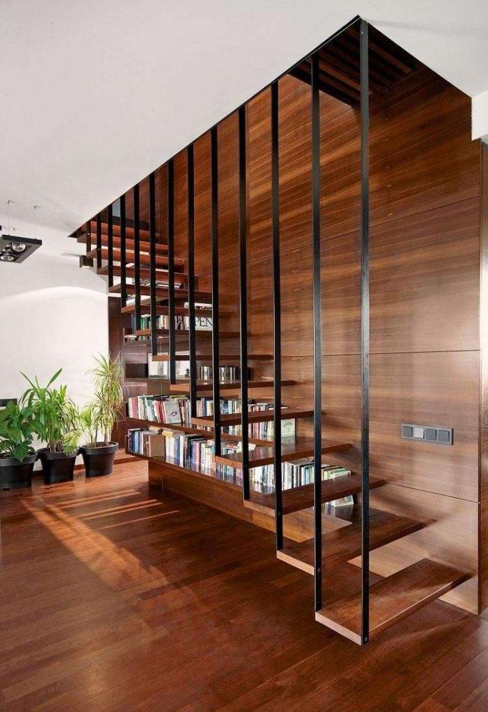 escalier-bibliothèque-suspendu-moderne-bois-metal-revetement-mural-sol-bois-e1448615456600